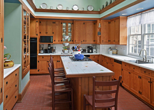 Berkshire Style Home Casual And Elegant Monterey Ma